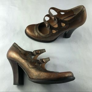 Sam Edelman l Gold Mary Janes